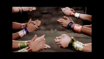 Ude Jab Jab Julfe Teri, Nice Old Hindi Song.