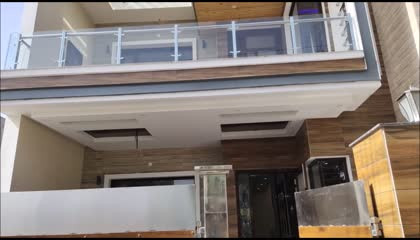 Modern Style Independent House 4 Bedroom with Beautiful Interior