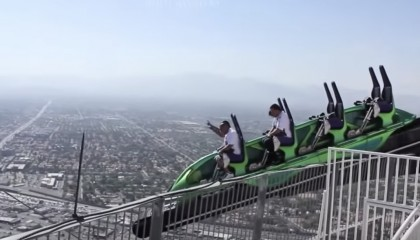 10 SCARIEST ATTRACTIONS IN THE WORLD