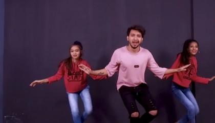 Dheeme Dheeme Dance Video