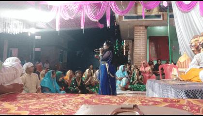 Pooja Sargam Live Stage Show In Basti
