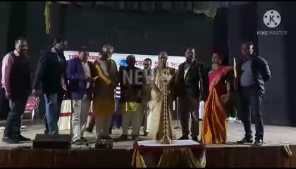 প্রদীপ প্রজ্জ্বলনের মাধ্যমে করিমগঞ্জ DSA-র annual festival-র শেষ দিনটির শুরু।