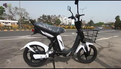 Electric scooter जो Rs. 10 में  80km चलता है