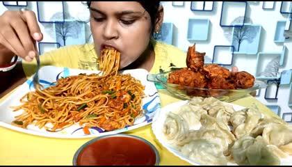 eating chicken momo chicken noodle and chicken pakora_ Mukbang