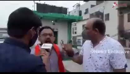 ठिक से बोल नहीं पा रहे थे,लेकिन हमारे सनातनी शेर को ज्ञान बाट रहे है SHO साहब । Delhi । आजादपुर मजार