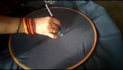 fabricarts simple and easy saree body design  simple saree design ideas  fabric painting on saree