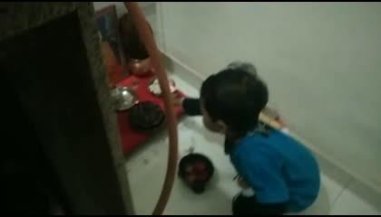 Swaraj praying
