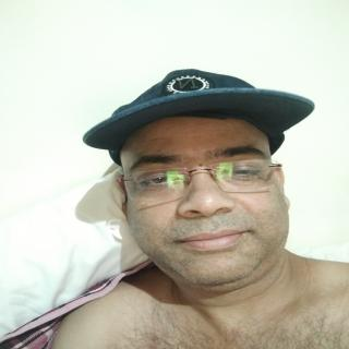 Lives in UAE