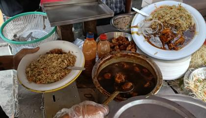 Chilli Chicken & Egg Fried Rice  Indo Chinese Chicken Fried Rice Restaurant Style  Street Food