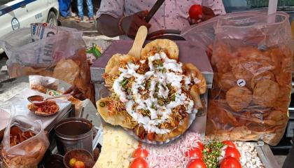 Most Famous Bhel Puri Style Dahi Papdi Chaat  Very Tasty Dahi Papdi Chaat  Indian Street Food